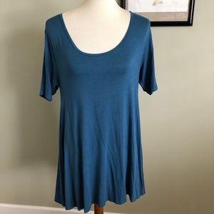 LULAROE • solid blue perfect t size XS